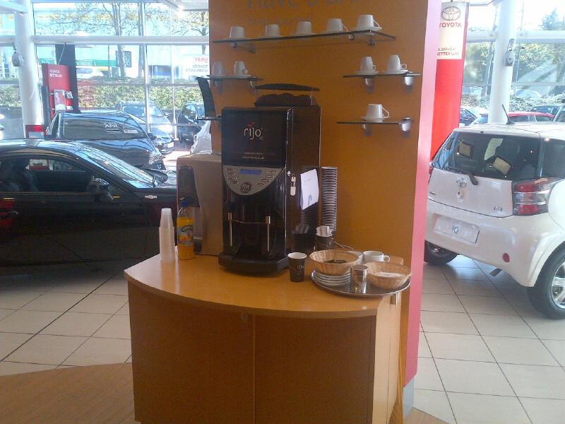 rijo42 Brasil Commercial Coffee Machine In Car Showroom