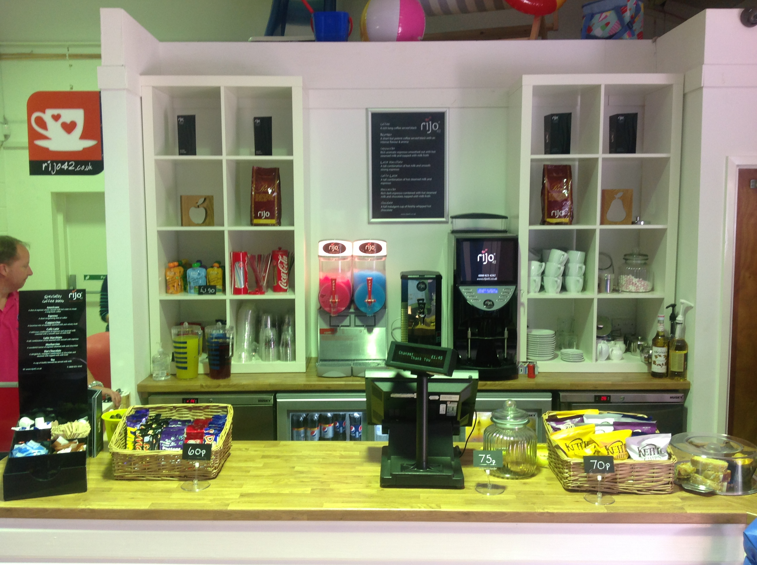 rijo42 Bean to Cup Coffee Machine In A Play Centre