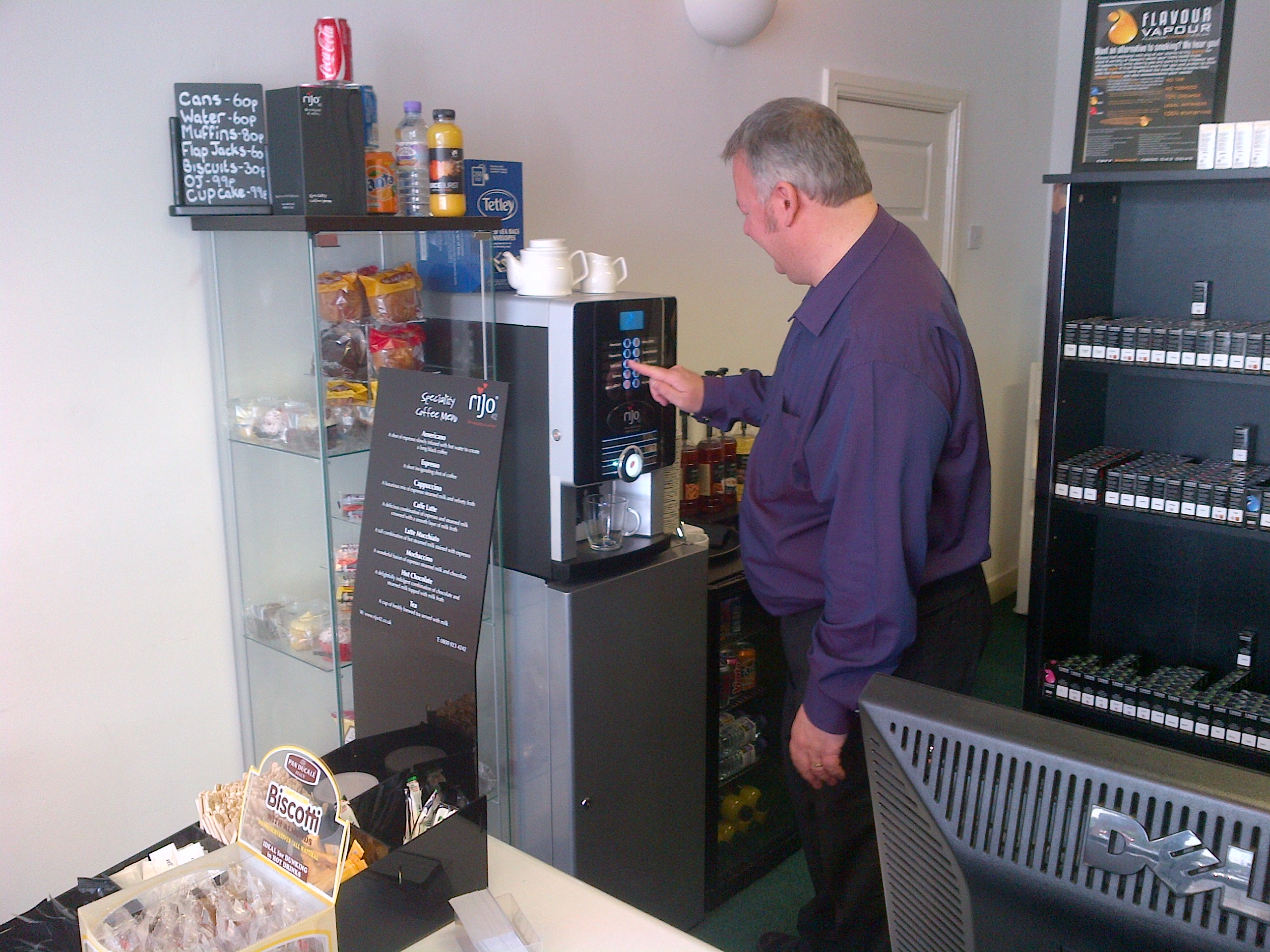 rijo42 Primo Commercial Coffee Machine At Flavour Vapour Bolton